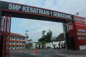Narasumber IHT SMP Kesatrian Semarang