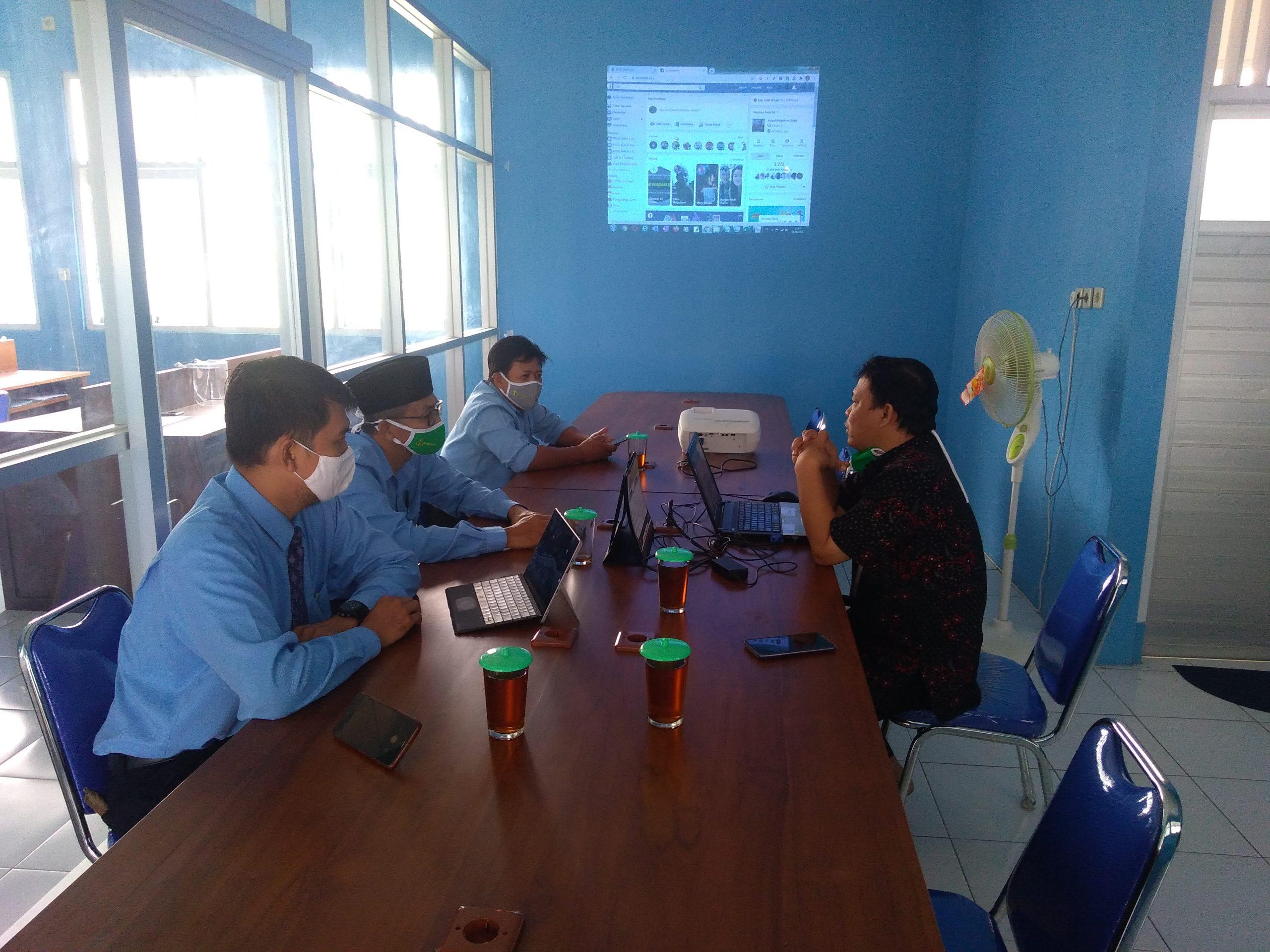 Studi Tiru PJJ SMK Assalaam Sukoharjo Di SMKN 1 Tuntang