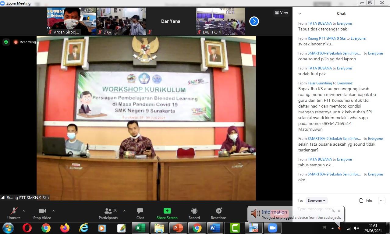 SMKN 1 Tuntang Berbagi Implementasi Blended Learning dengan SMKN 9 Surakarta